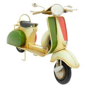 Moto-Scooter-Amarela-Verde-e-Vermelha-Retro-em-Metal---The-Home