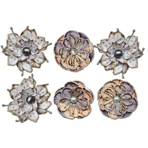 Flores-Artesanais-com-Perola-Gris-FLOR84---Toke-e-Crie-