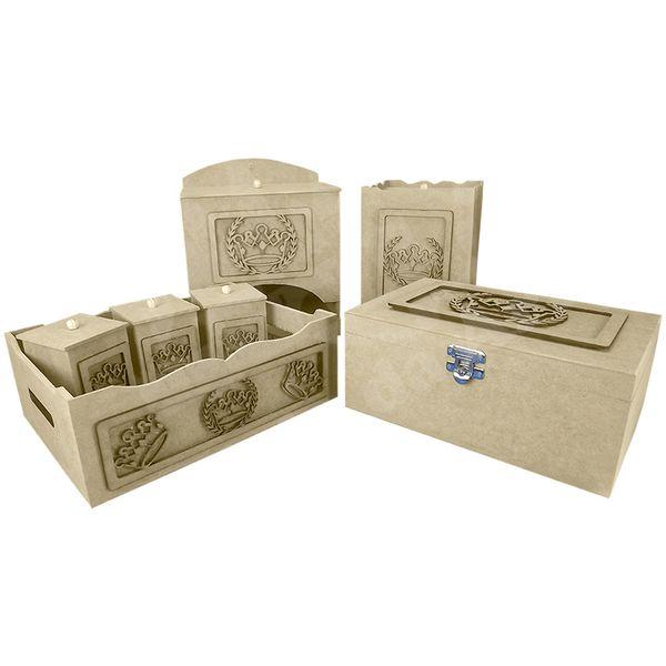 Kit-Higiene-Bebe-em-MDF-Coroa-Romana-7-pecas-com-Farmacinha---Palacio-da-Arte